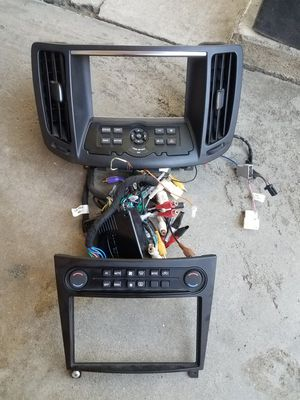 Double Din Kit Stereo Infiniti G35 for Sale in Ontario, CA