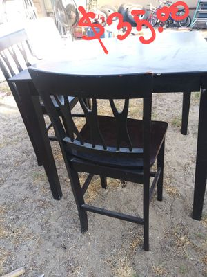 Table w 3 chair's for Sale in Fontana, CA
