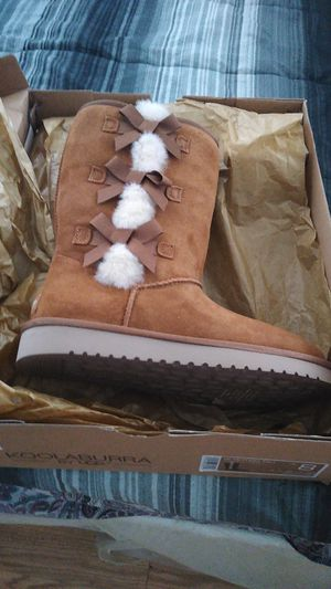 Ugg size 8 brand new in the box for Sale in Las Vegas, NV