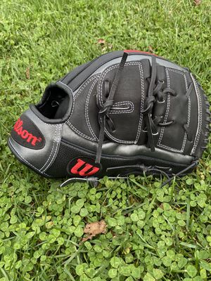 """Wilson A2000 B2 12"""" Baseball Glove for Sale in Frederick, MD"""