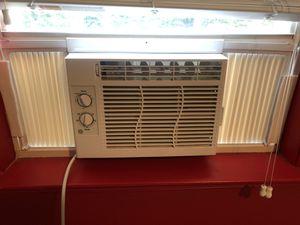 GE 115-Volt Window AC for Sale in La Plata, MD