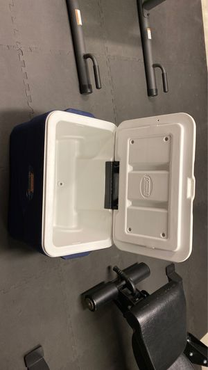 Coleman Extreme 5 cooler for Sale in St. Petersburg, FL