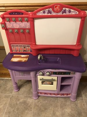 STEP 2 KITCHEN for Sale in Parma Heights, OH