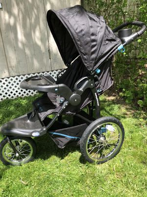 Baby trend expedition FX for Sale in Pittsburgh, PA