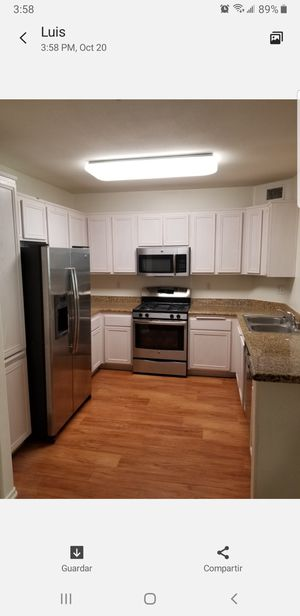 Kitchen cabinets used in good condition (1) for Sale in Los Angeles, CA
