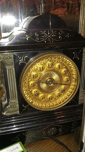 Antique mantel clock for Sale in San Francisco, CA