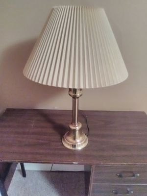 Metal lamp with shade for Sale in Lisbon, ND