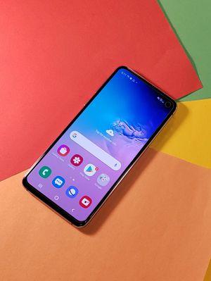 Samsung Galaxy S10e Unlocked Phone AT&T T-Mobile Verizon Sprint MetroPCS for Sale in Dallas, TX