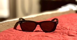 Rayban Sunglasses - New Wayfarer USED for Sale in Scottsdale, AZ