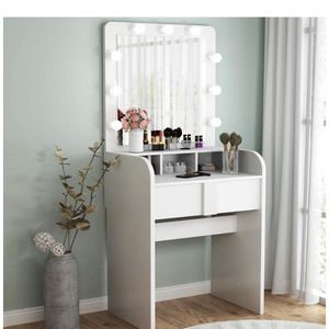 Make Up Vanity for Sale in Surprise, AZ
