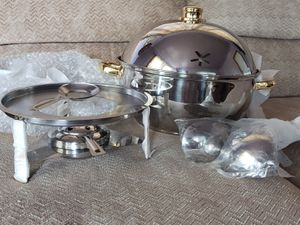 7.5 quart chafing buffet pan for Sale in Eau Claire, WI