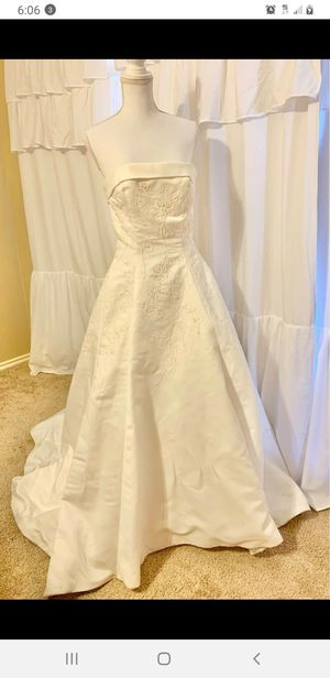 Wedding dress for Sale in Quinlan, TX