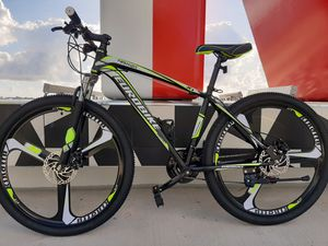 27.5 inch Mountain Bike. 21 Speeds. Brand New. Assembled and Available Today! for Sale in Miami, FL