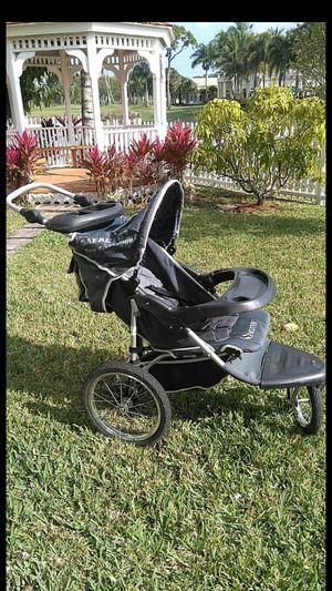 Instep Jogging stroller for Sale in Loxahatchee, FL