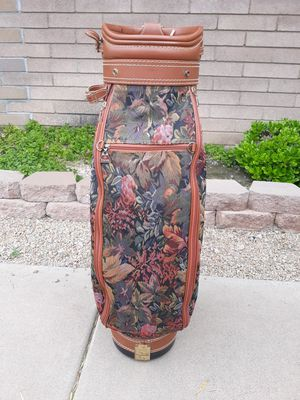 Daiwa coach collection vintage tapestry print with leather trim golf bag for Sale in Chandler, AZ