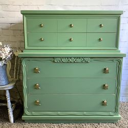Awesome Shabby Distressed Solid Wood Dresser for Sale in San Diego,  CA