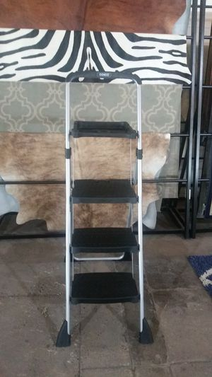 Three step ladder with painter accessories for Sale in Dallas, TX