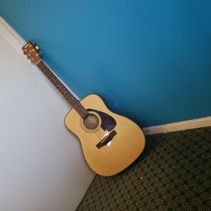 Yamaha Guitar for Sale in Coram, NY