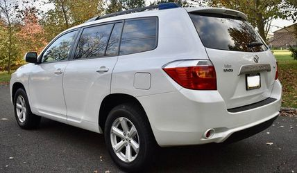 Perfectly Condition 2008 Toyota Highlander AWDWheels💎tdgfsds for Sale in Denver,  CO