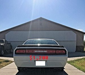 $12OO 2𝙊09 𝕯𝖔𝖉𝖌𝖊 𝕮𝖍𝖆𝖑𝖑𝖊𝖓𝖌𝖊𝖗  Beautiful Car Great Shape for Sale in Richmond, VA