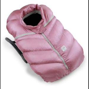 7AM Enfant Cacoon Car seat Cover for Sale in Quincy, MA