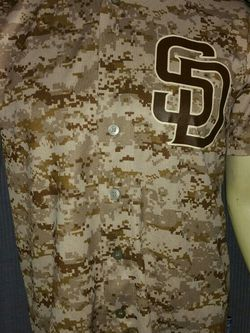 (New) San Diego Padres Camo Coolbase Jersey YXL/MS for Sale in Chula Vista,  CA