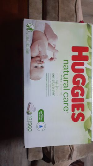 Huggies natural care 10 packs of wipes for Sale in Fresno, CA