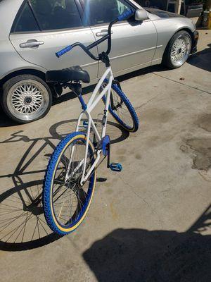 Schwinn bike bmx 26 cruiser total mente rrecostruida vuenas condiciones for Sale in San Fernando, CA