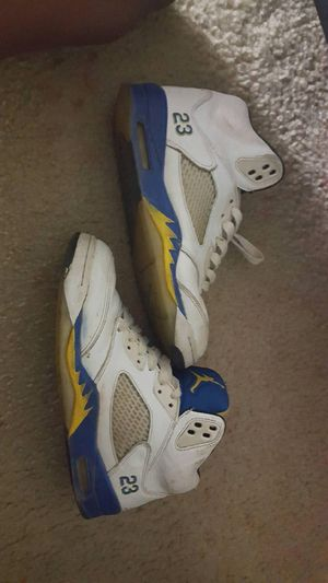 "Air Jordan ""Laney"" 5s Size 8.5 for Sale in New Carrollton, MD"