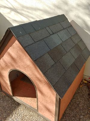 Large Dog House for Sale in Laredo, TX