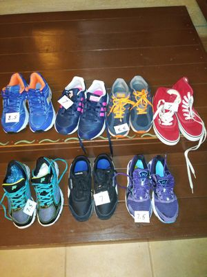 Shoes for sale 20.00 a pair i have nike. Vans adidas fila. Reebok vary good shoes for Sale in Stockton, CA