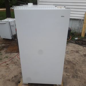 Whirpool upright freezer for Sale in West Columbia, SC