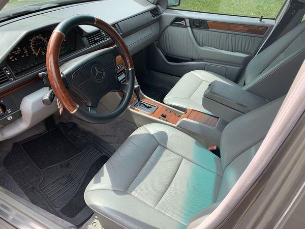 1994 Mercedes E 320