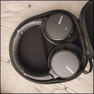 Sony Noise Canceling Headphones for Sale in Woodbridge, VA