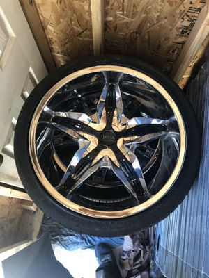 20 Inch Status Rims and Tires (4) for Sale in Skokie, IL