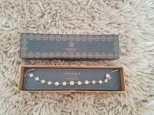 Monet bracelet for Sale in El Dorado, KS