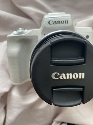 Canon EOS M50 Mirrorless Digital Camera for Sale in Riverside, CA