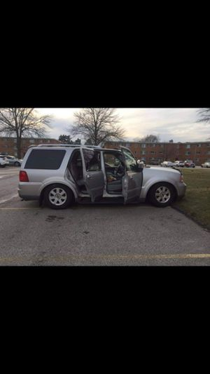 2004 Lincoln Navigator for Sale in Cleveland, OH
