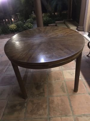 SPECIAL SALE ANTIQUE Henredon Table with 6 dining chairs with table extensions for Sale in Los Angeles, CA