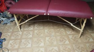 Earthlite massage table for Sale in Perris, CA