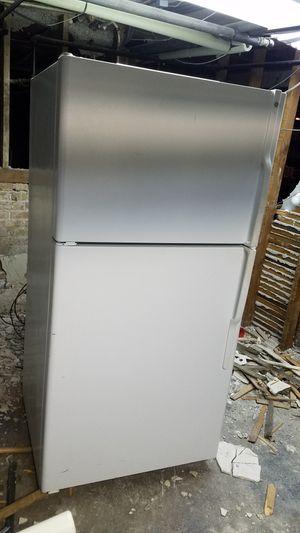 GE fridge for Sale in Chicago, IL