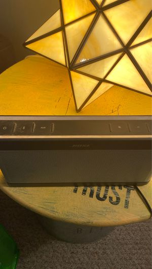Bose blue tooth speaker for Sale in Easton, MA