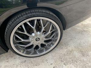 22inch chrome rims for Sale in Umatilla, FL