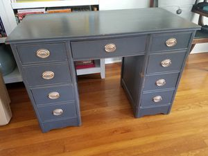 Antique desk/vanity/console for Sale in Tampa, FL