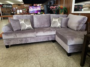 Dickson Grey Sectional for Sale in Progreso Lakes, TX