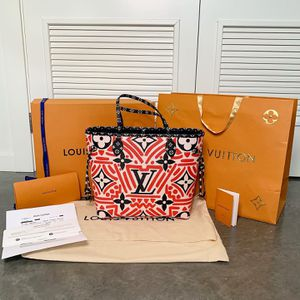 Louis Vuitton Crafty Neverfull MM for Sale in Kirkland, WA