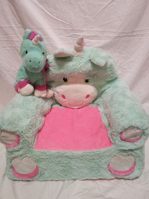 Girls unicorn chair & matching stuffed animal for Sale in Lawrenceville, GA
