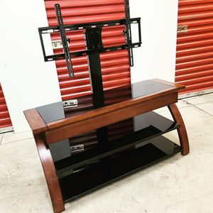 Large TV Stand w wall mount for Sale in Bladensburg, MD