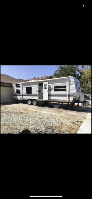 RV/Camper/Trailer for Sale in Bellflower, CA