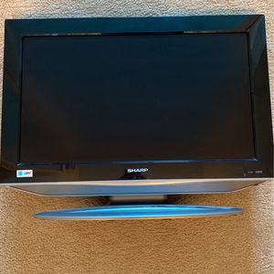 Sharp 30in TV for Sale in Santa Clara, CA